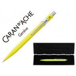 Estuche con portaminas marca Caran D´ache 844 amarillo fluor trazo 0,7mm